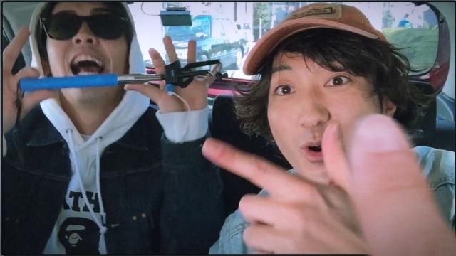 KLOOZ「Selfie (feat. SALU)」のイメージ